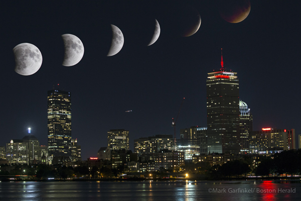 09/27/2015-Boston,MA. Tonight's blood red super moon eclipse is seen at timed intervals.